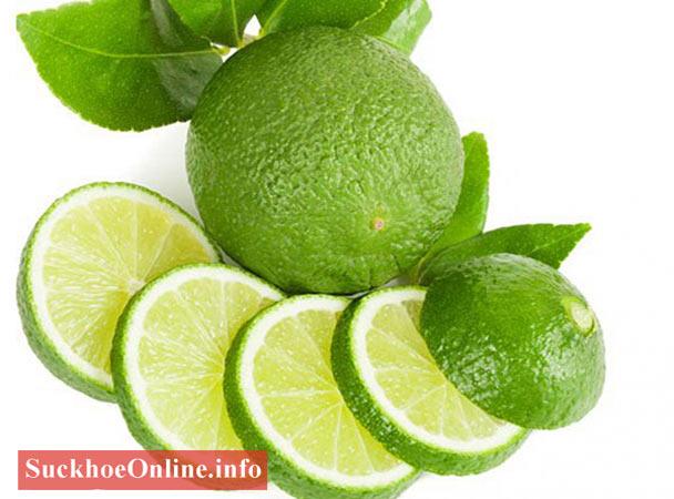 Sử dụng chanh tươi để điều trị rãn da sau sinh