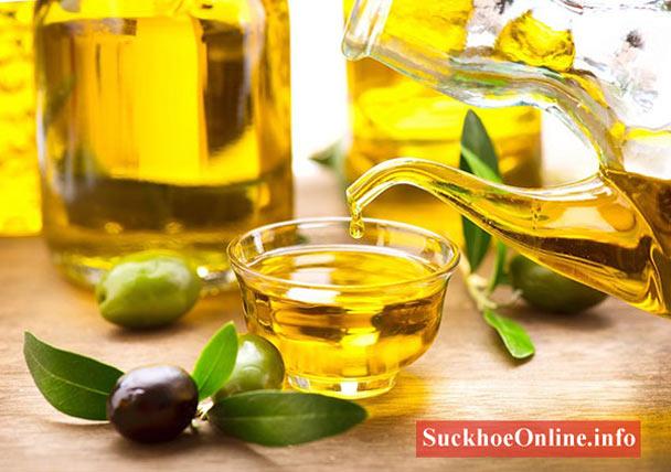 Tinh dầu Olive sẽ giúp điều trị rạn da sau sinh